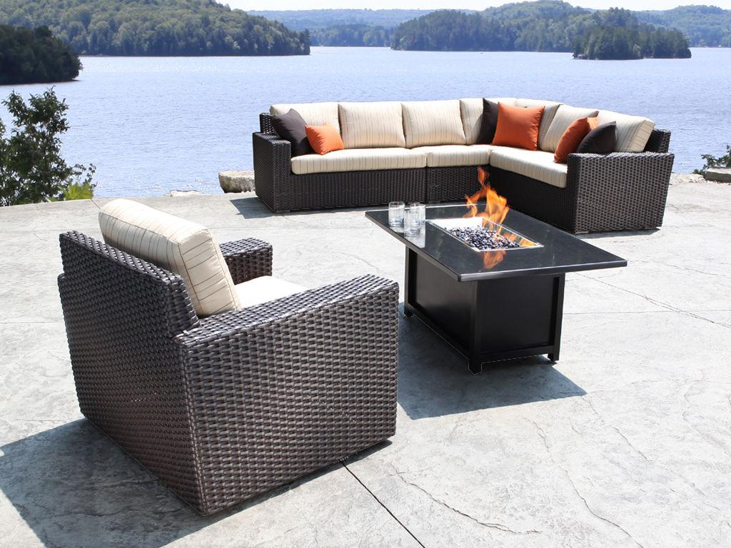 Wicker outdoor furniture wicker dining table and chairs for Outdoor cabana furniture